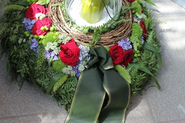 Fiori funebri & decorazione per tombe-04